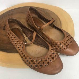Antia Leather Mesh Basket Woven Ballet Flats 🥿